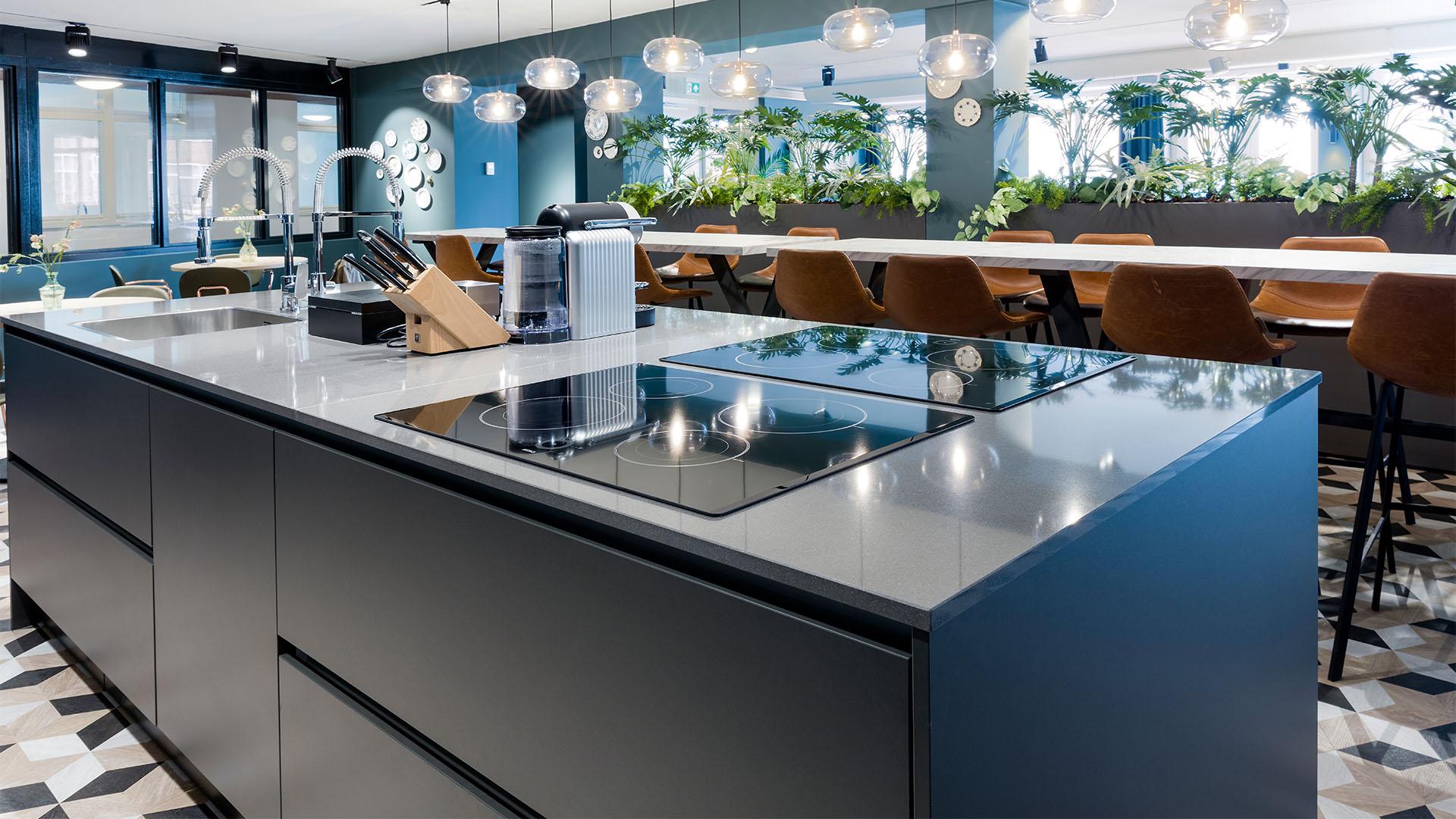 Indrukwekkend complex met Bribus keukens